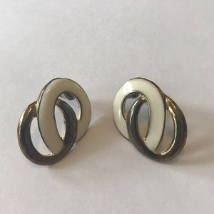 Vintage Intertwined Circle Earrings